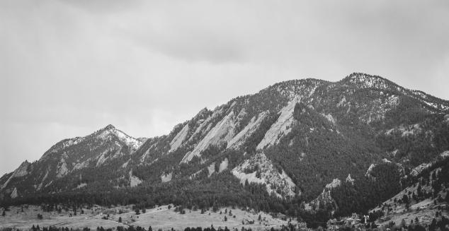 BoulderFlatironsB&W